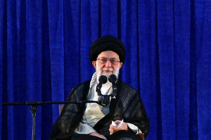 2018年6月4日,伊朗最高領袖哈米尼發表演說,針對伊朗遵守核子協議向歐洲國家開出3項條件。(AP)