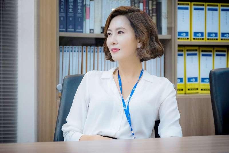 女性董事較少的公司,真的比較不賺錢嗎?(示意圖/JTBC Drama@facebook)