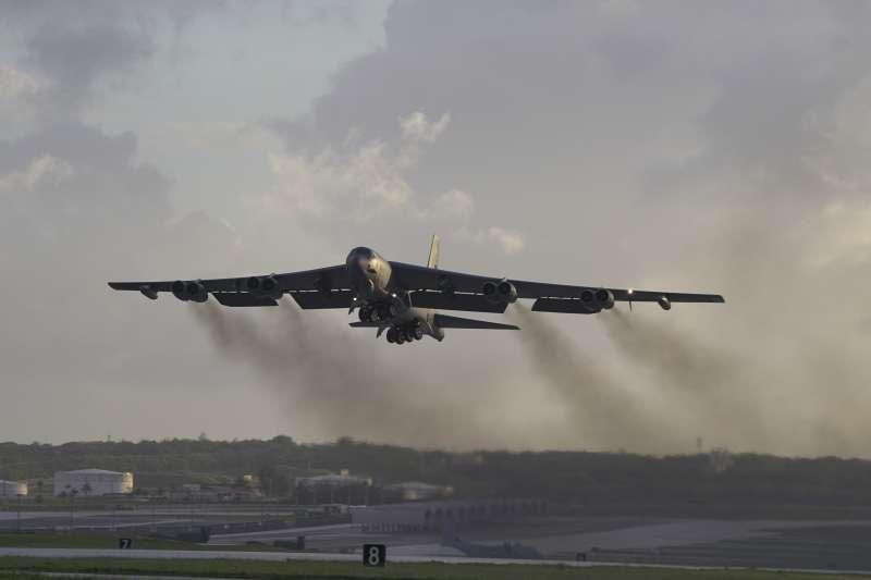 美國空軍B-52「同溫層堡壘」(B-52 Stratofortress)戰略轟炸機,關島安德森空軍基地(US Pacific Air Forces)