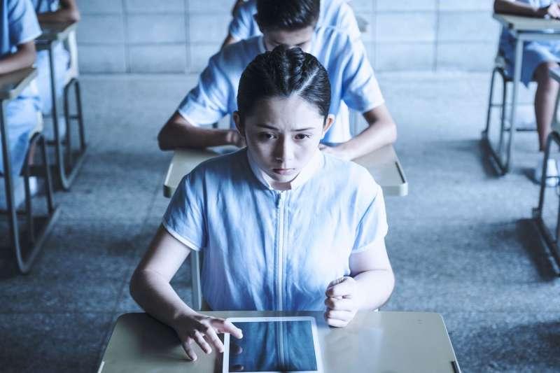 台灣的教育迷思被民眾詬病已久,教育部也嘗試了不少改革,卻依然無法順利根除「分數至上」的迷思。(圖/公視提供)