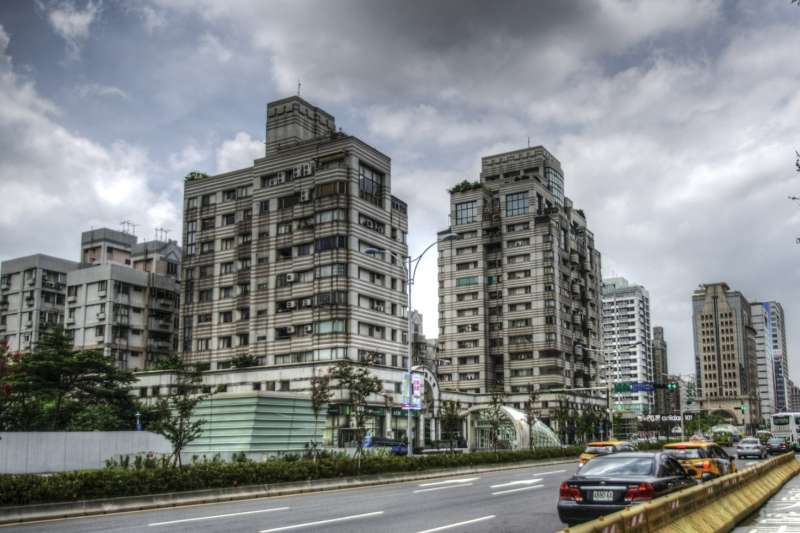 許多人買房之後,才發現社區管委會的財力不佳,造成生活上很多麻煩。(圖/Aneun_9@pixabay)