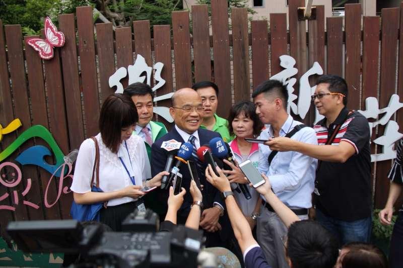 蘇貞昌接受媒體訪問。(蘇貞昌辦公室提供)