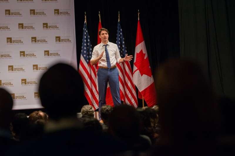 加拿大總理杜魯道到芝加哥大學演講。(取自www.facebook.com/uchicago)