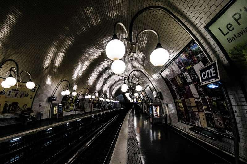 法國巴黎地鐵站。(Pixabay)