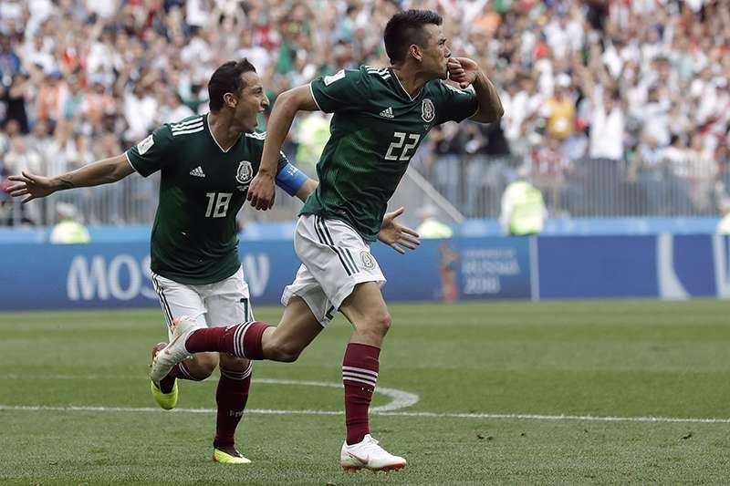墨西哥在小組賽首戰面對衛冕軍德國,創造本屆賽事最大冷門,上半場35分鐘的破門加上下半場死守,讓奪冠希望濃厚的德國吞下敗仗。(美聯社)