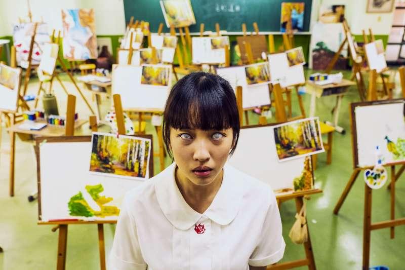 「你要認真讀書、考上好大學,就不會像我那麼苦!」是台灣家長常見的金句,但這句話背後卻有可怕的涵義。(圖/公視提供)