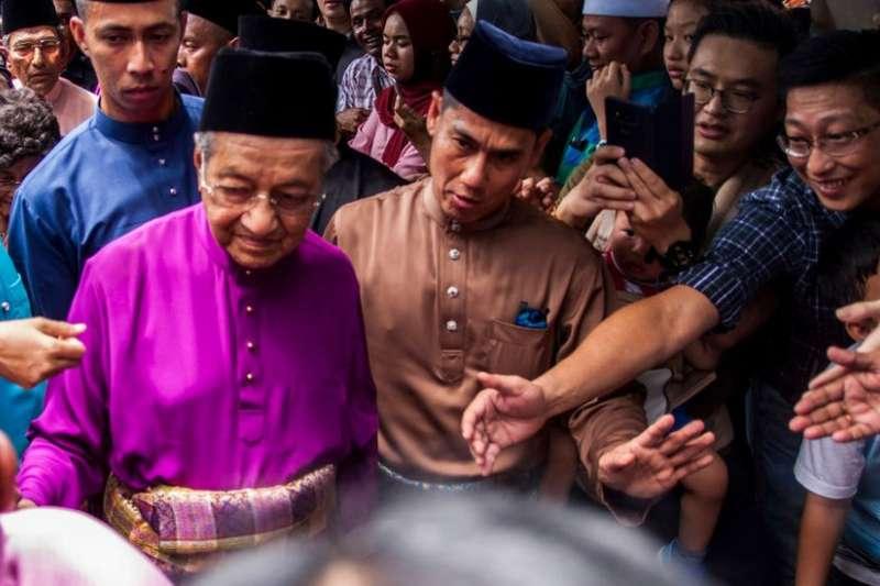 92歲的馬來西亞總理馬哈蒂爾重啟他的時代。(BBC中文網)
