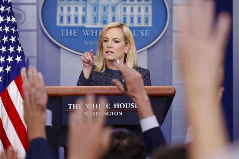 2018年6月18日,美國國土安全部部長尼爾森於白宮召開記者會。(AP)