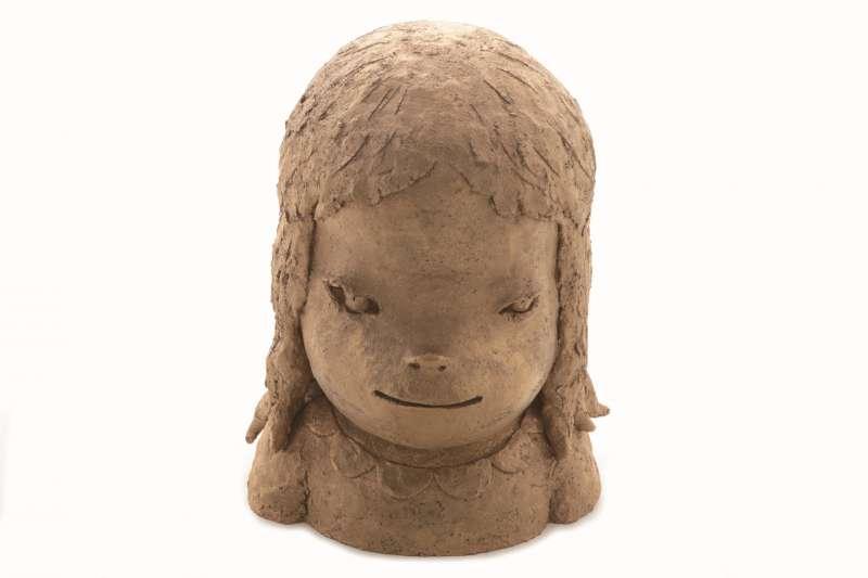 新北市鶯歌陶博館將推出知名藝術家奈良美講座,預計將引起搶票熱潮!圖為奈良美作品《少女習作》。(圖/陶藝之森提供)