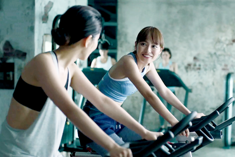 透過增肌與減脂的循環,慢慢讓自己擁有勻稱身形。(示意圖非本人/翻攝自youtube)