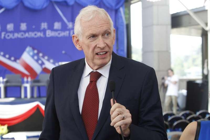 美國在台協會主席莫健(James Moriarty)接受台灣媒體訪問,意外捲入選舉話題。(AP)