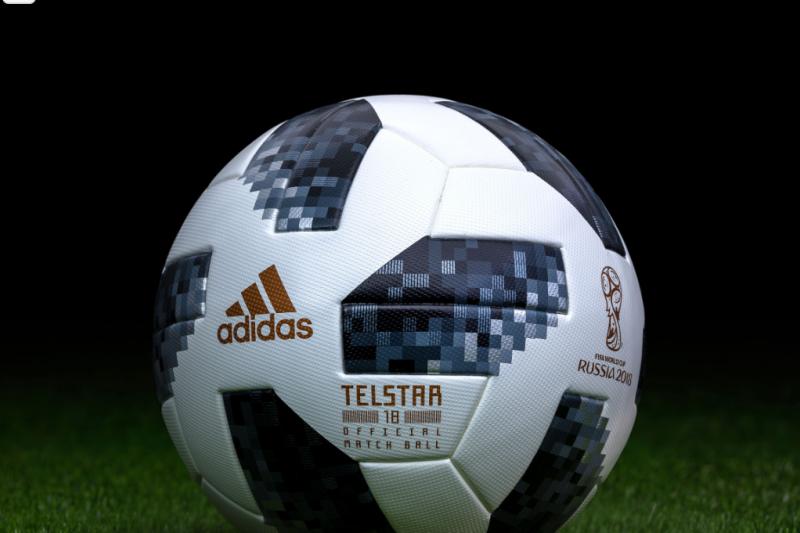 官方世足賽智慧足球「Telstar 18」宣稱是史上最先進比賽球,卻4度破裂讓人不禁懷疑其品質。(圖/取自worldcupballs,智慧機器人網提供)