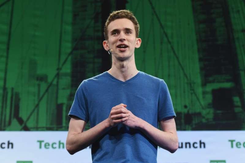 13歲從7美元的伺服器生意開始,到10萬用戶的遊戲串流平台,薩爾薩蒙蒂憑著清楚的願景決定輟學創業,這就是他18歲前的巔峰人生。(圖/TechCrunch@flickr, CC BY 2.0)