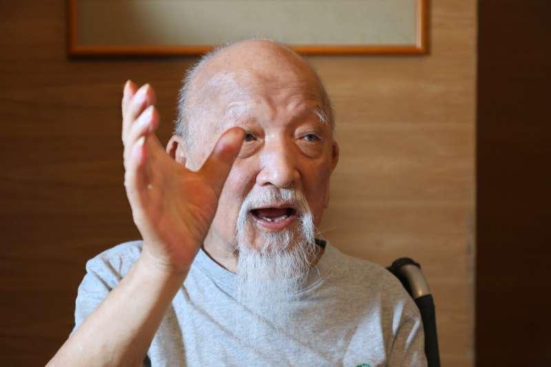 作家張拓蕪今(29)日凌晨辭世,享受90歲。(取自《文訊》臉書專頁)