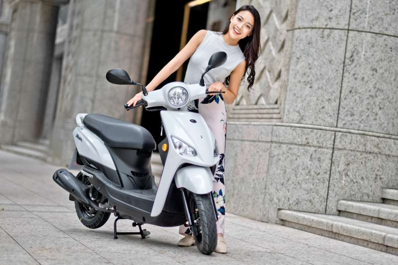 Nice100以各種專為女性貼心的設計、細節,加強其安全實用性、輕鬆操控等多項特色,給予騎士最美好的騎乘體驗。
