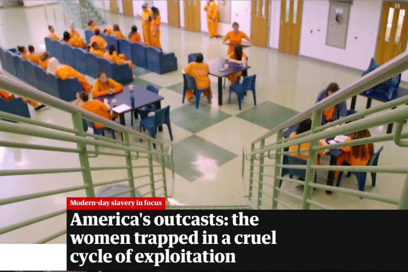 英國《衛報》(The Guardian)獨家披露美國女子監獄淪為皮條客眼中的魚池,女囚出獄後孤立無援被迫從事性交易。(截圖自The Guardian網站)