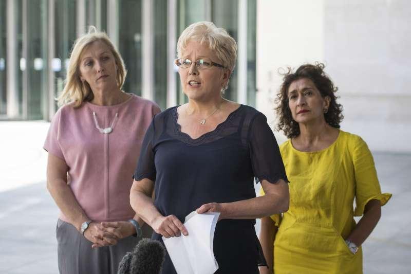 男女同工不同酬:英國廣播公司(BBC)向前中國總編輯郭艾莉(中)致歉並補發薪水(AP)