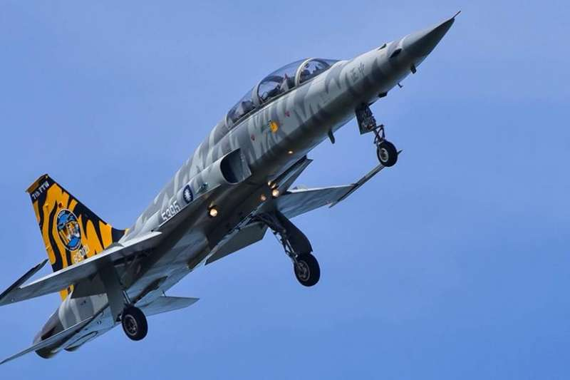 空軍司令部官方臉書上曝光的F-5型機的充滿虎斑元素的「彩繪塗裝」(空軍司令部)