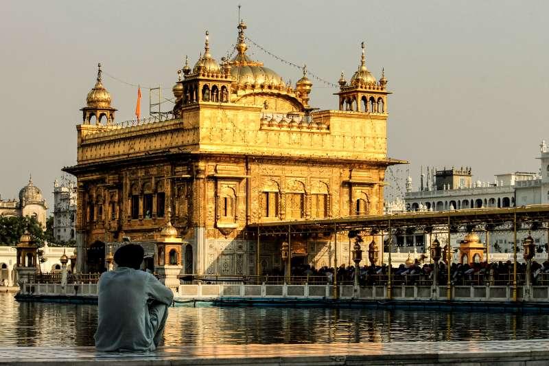 印度黃金廟是錫克教的聖地,也是世界訪客最大量的地方。(圖/維基百科)