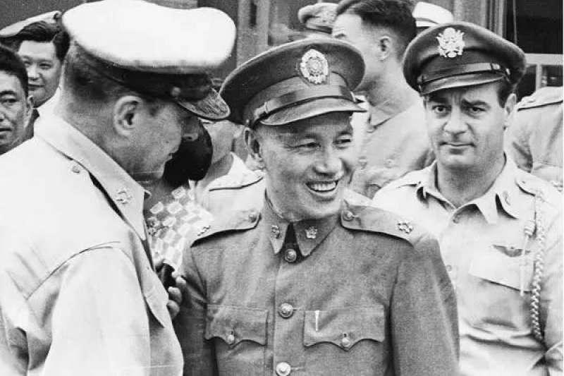 作者強調,中國在地面反攻方面的作用如此有限,實在不能單獨怪罪蔣中正與國軍將領們的「消極抗戰」。(資料照,取自網路)
