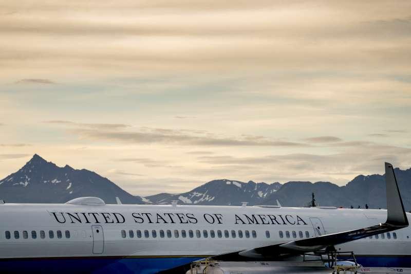 美國國務卿龐畢歐6日抵達北韓首都平壤,預計在平壤停留兩天一夜。(美聯社)