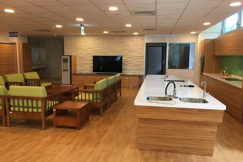 南投縣政府鼓勵福利機構設立小規模多機能型的老人照護處所。(圖/南投縣政府提供)