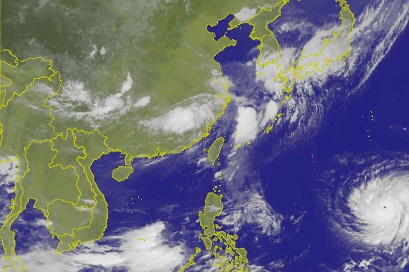 20180706-颱風瑪莉亞颱風眼明顯。(取自中央氣象局)