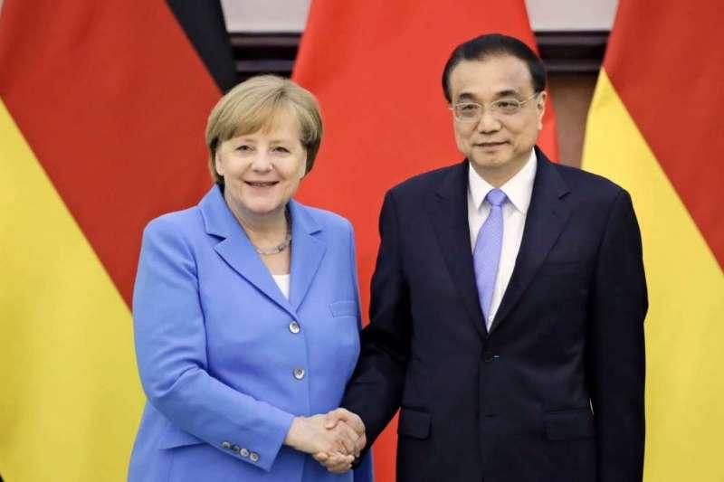 德國總理梅克爾與中國國務院總理李克強。(美聯社)