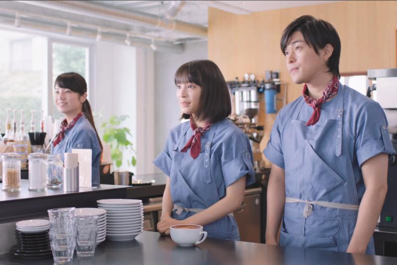 台灣年輕人只有個吃不飽、餓不死的收入,卻要把整個人生給賣給企業。(圖/取自youtube)
