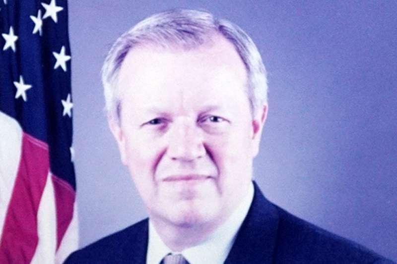 張戴佑(Darryl N. Johnson)曾於1996年到1999年間擔任美國在台協會處長。(翻攝臉書「美國在台協會 AIT」)