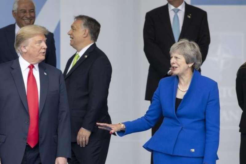 川普總統訪英前,已經和梅伊首相在布魯塞爾的北約峰會上見過面。(BBC中文網)