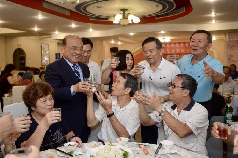 2018年7月14日,民進黨新北市長參選人蘇貞昌赴泰山參加「福德長青協會會員大會」(蘇貞昌辦公室)
