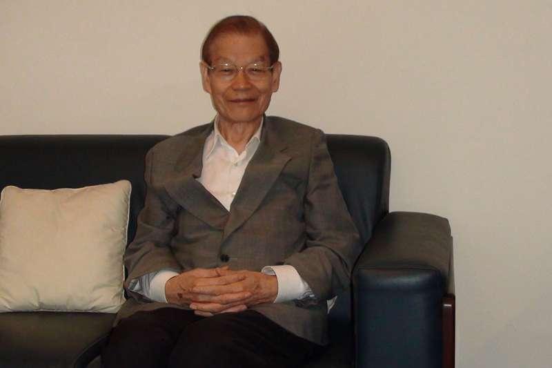 中央研究院前副院長、台灣大學心理系退休教授楊國樞今晨於睡夢中過世,享壽86歲。(資料照,取自台大心理系季報)