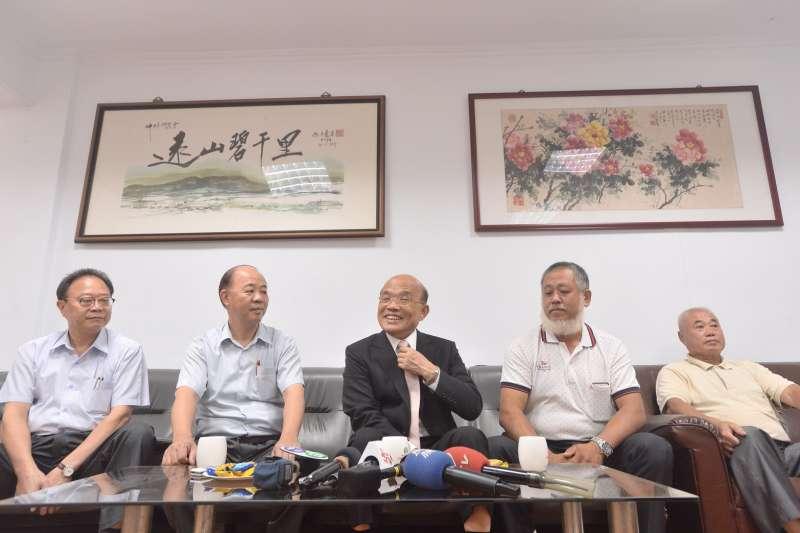 蘇貞昌拜會坪林農會,承諾將向中央協調,為當地較嚴格的水源特定區居民,爭取較平等的回饋。(蘇辦提供)