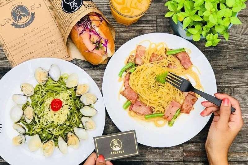 誰說到台中只能吃連鎖店,這些好看又好吃的餐廳讓你驚豔!(forries.taichung@instagram)