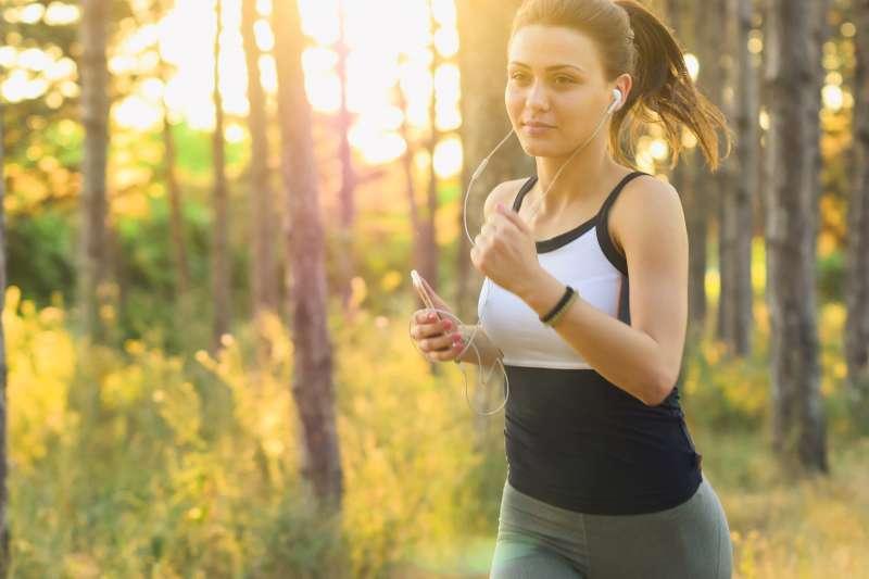 每天跑步、踩飛輪就會瘦嗎?那你可能要失望了!(圖/StockSnap@pixabay)