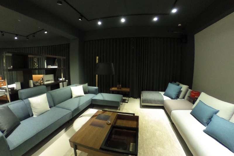 擁有寬敞家具展示空間的大漢家具新竹概念館提供客製化家具服務(圖/大漢家具提供)
