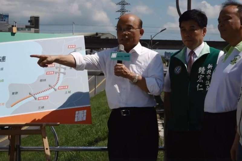 民進黨新北市長參選人蘇貞昌談大漢溪堤外道路。(蘇貞昌臉書直播)