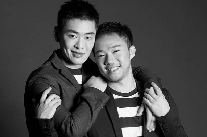 李光耀孫子李桓武(左)公開出櫃。(取自Out In Singapore網站)