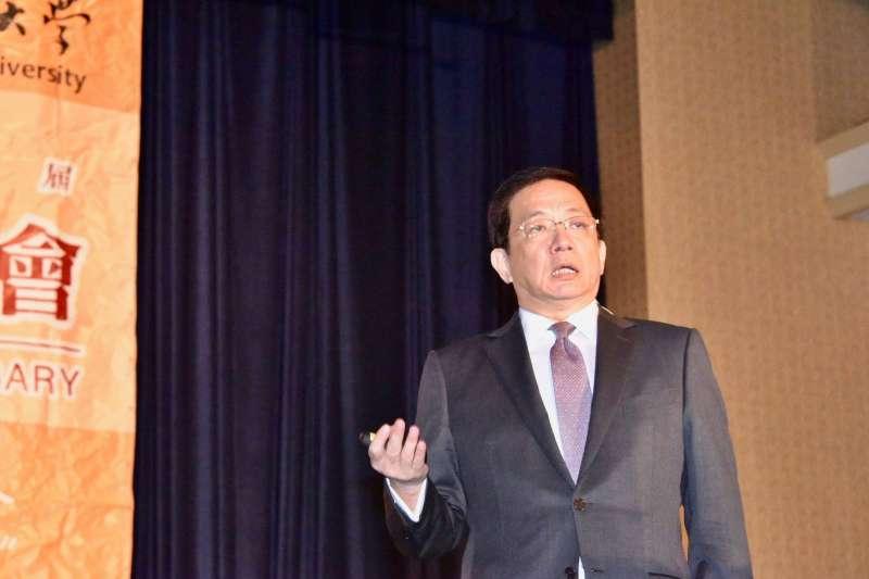 台大校長當選人管中閔在南加州台大校友會年會以「台大新價值,台灣新意志」為題發表演講(管中閔臉書)