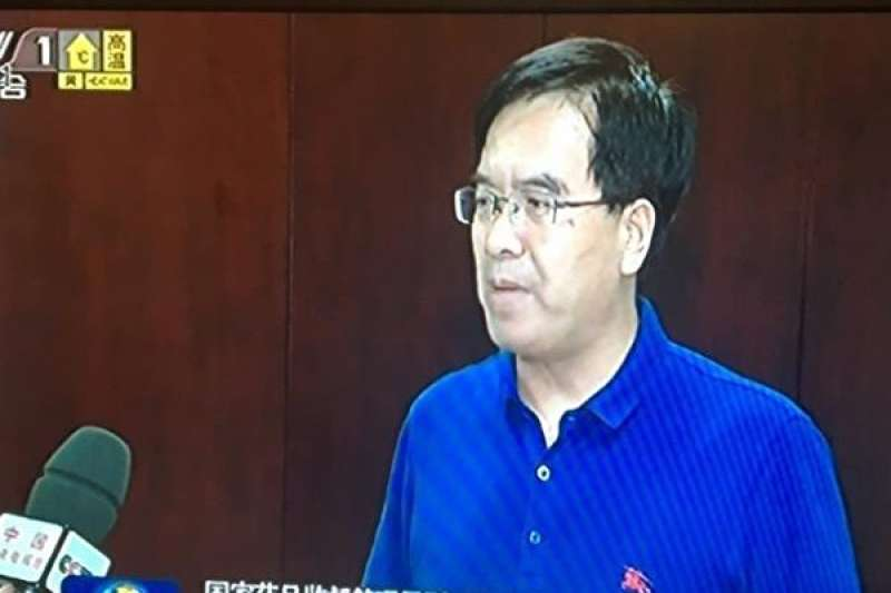 國家藥監局副局長徐景和接受央視訪問。