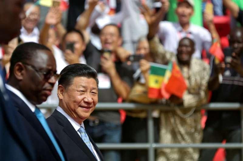 習近平到訪塞內加爾。(BBC中文網)
