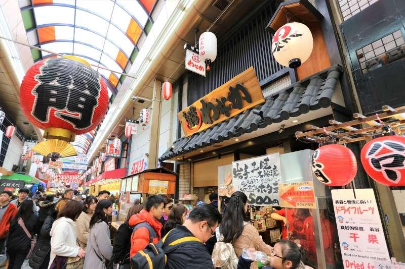 為何日本連市場、商店街,都能被國外觀光客納入必去景點?(圖/Gordon Cheung@flickr)