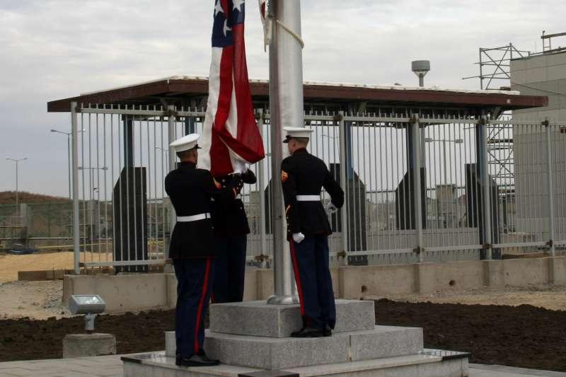 美軍「陸戰隊使館警衛隊」(Marine Security Guard)(Wikipedia / Public Domain)