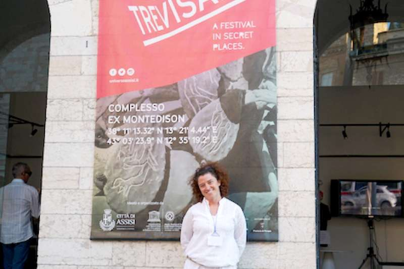 藝術節的製作總監Maira Grassi