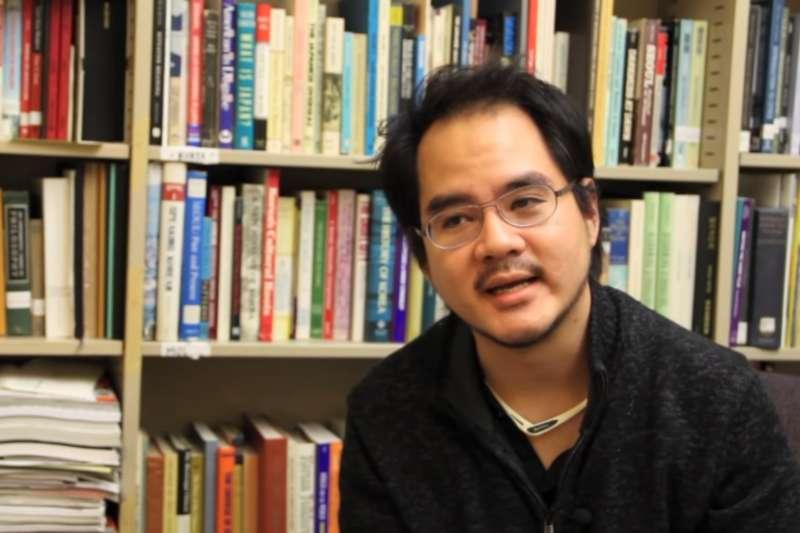 泰裔華籍的哈佛大學人類學系博士王光亮入選玉山青年學者,台大指尚未發聘書。(翻攝YouTube)
