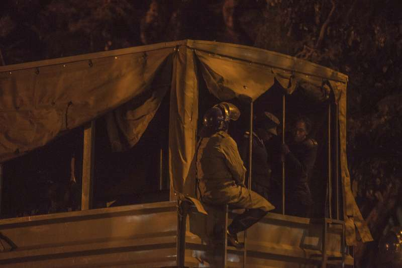 辛巴威大選:軍警進駐街頭,避免動亂發生(AP)