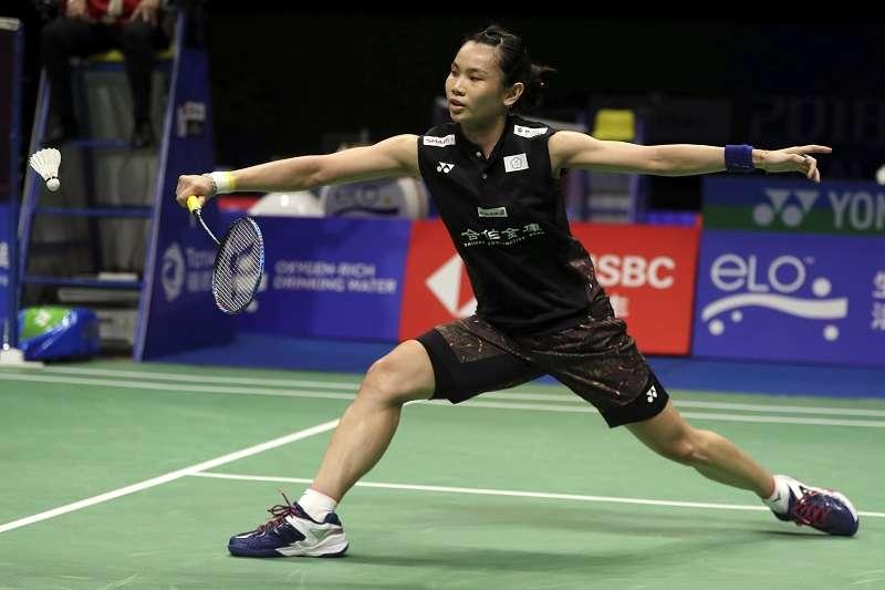 戴資穎在日本羽球公開賽女單首輪面對馬來西亞好手謝抒芽,苦戰2局後以21比18、21比18獲勝。 (資料照,美聯社)