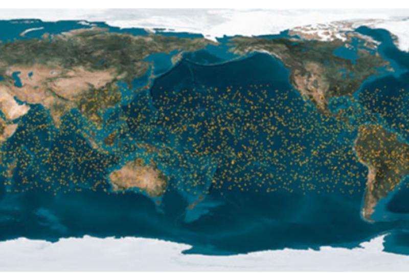 20180803-台灣氣象衛星福爾摩沙衛星七號(福衛七號)預計年底將升空擔起氣象觀測的任務。圖為福衛七號星系24小時掩星分佈資料全模擬圖。(資料照,國家太空中心提供)