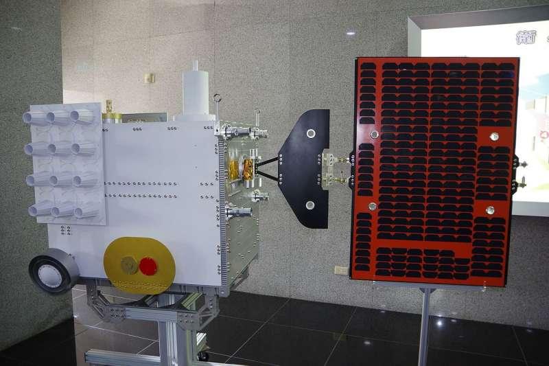 福爾摩沙衛星七號,簡稱福衛七號(Hsin-Jen Hsu@Wikipedia / CC BY-SA 2.0)